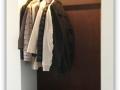 Garderobenverkleidung aus Cortenblech